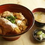めし処 壬屋 - ミックスとじ丼950円
