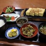 いろり - 料理写真:焼きどうふ定食