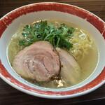155243887 - 厚木本丸亭(神奈川県厚木市幸町)本丸塩らー麺 850円