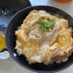 城山食堂 - 料理写真:カツ丼800円