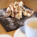 Laugh - キャラメルのアイスケーキ