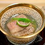 Awaijoun - サーロインのしゃぶしゃぶ モウカザメのフカヒレ、 松茸、 翡翠茄子、 絹さや