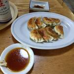 山孝食堂 - 料理写真:餃子450