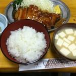 とんかつ 万平 - ポークソテー定食(1,600円)