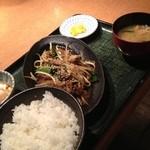 15527613 - 白レバー炒め定食