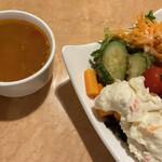イル・キャンティ  - サラダ、スープ