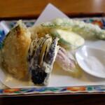 155285506 - 綺麗な揚げ上がりの天ぷら