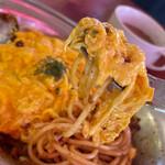 ハヤシ屋中野荘 - パスタ、ミートソース、オムレツが絡むと1段上の美味しさに!