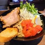 つけめん・らーめん 海老鶏麺蔵 - 令和3年7月 海老つけ麺旨辛 900円 追い飯無料