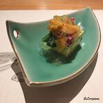 和海味処 いっぷく - 生海胆と青菜と若芽入り玉子豆腐