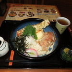 穂の香 - 冷しちく玉天おろしうどん(1玉増量無料) 650円