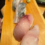 地魚回転寿司 丸藤 -