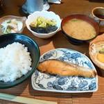 ほめ かぱか - 鮭の塩焼定食
