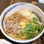 三国一 - 肉玉うどん(冷)