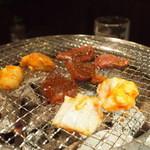 15535541 - 肉on七輪