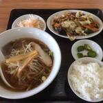 鴻運 - 料理写真:日替わり750円