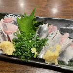 ふなっ子 - 料理写真:いわしの刺身