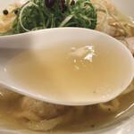 155369989 - 特製塩そば(スープ)