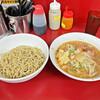 ラーメン二郎 - 料理写真:「少なめラーメン」¥770と「シークヮーサーつけ麺」¥150