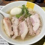 155376456 - 塩生姜らー麺肉玉入り