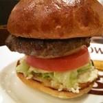 ブラッカウズ - ハンバーガーセットのアップ