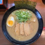 いちにいさん - 料理写真:いちにいさんラーメン 780円