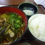 15539951 - 山菜うどんセット730円