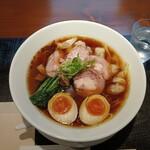 らーめん 鉢ノ葦葉 - 料理写真:ちゃーしゅーわんたん麺