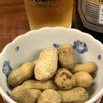 亀松 - 茹で落花生