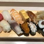 仙令鮨 - シャリ小さめにお願いしたにぎり