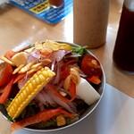 うな善 - ミニ野菜サラダ(280円)