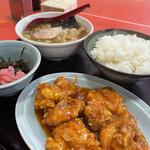 交竜 - 料理写真:トリチリ定食(800円)