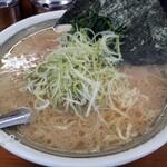 カマリヤ 大将 - 醤油ラーメン(中)