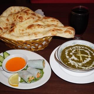 カレーを中心としたネパールの家庭料理をご提供!