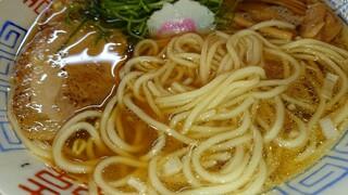麺屋 隊長 - 中華そば麺アップ