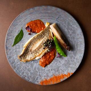 伝統の技術とモダンな食材が融合した、新時代のインド料理。