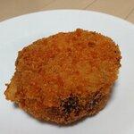 パン・ピジョン - 料理写真:カレーパン(180円)
