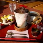 さくら茶屋 - アイスコーヒー、ミニあんみつ(さくらみつ)