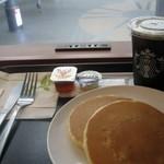 15549421 - 2011.08 パンケーキとアイスコーヒー
