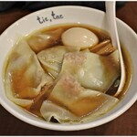 チックタック - 料理写真:鶏ガラらーめん+玉子+ワンタン5ケ  780+100+200円