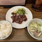 牛たん おやま - 牛タン定食1700円です