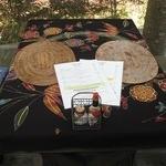 溶岩石窯ピザ 轍 - テーブル装飾
