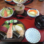 普賢寿司 - 握り寿司ランチ