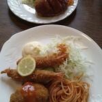 プチグリルサトー - B盛合定食、本日のランチ
