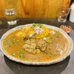 創作カレー ツキノワ - ビジュアルも美しく食べやすいカレーです♡