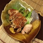 小鮎 - 鶏黒胡椒…火入れが絶妙、ぷりぷり。