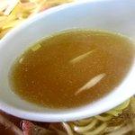 ラーメンショップ - 少々あっさり目のスープ!
