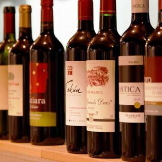 10種の本格ワインが499円〜!お料理との相性も抜群◎