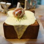 155579999 - チーズトースト