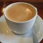 ライブコーヒー - ブレンドコーヒー 210円
